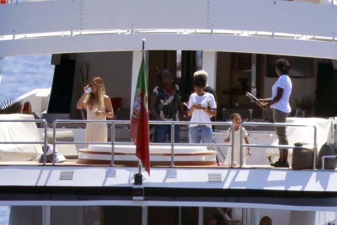 Tout le confort d'un yacht.. au pavillon portugais !