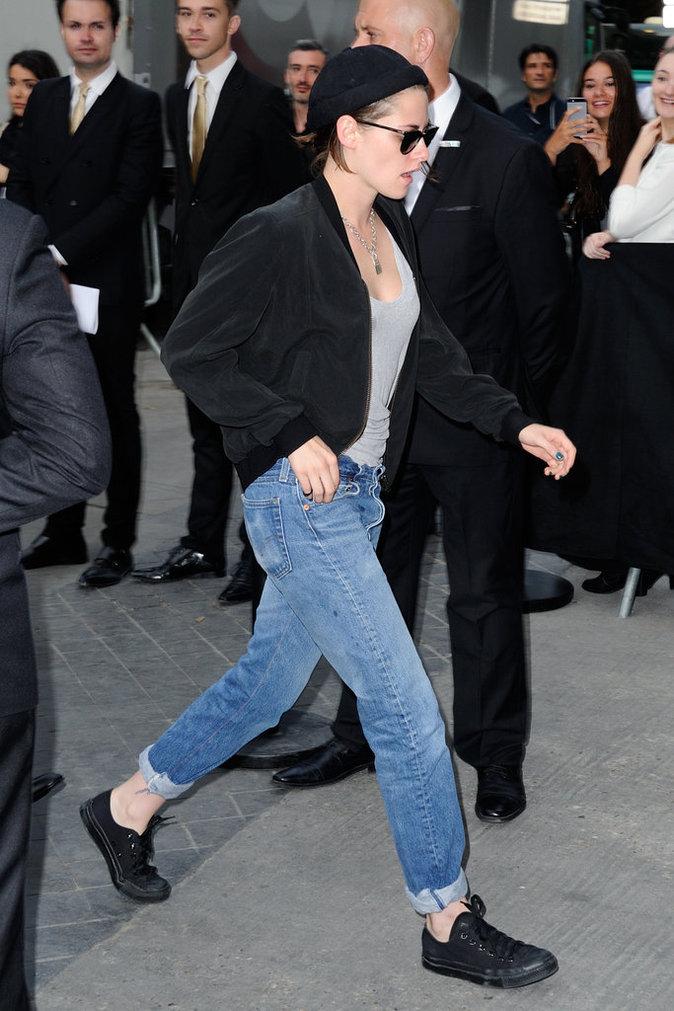 Kristen Stewart et sa veste Bombers noir
