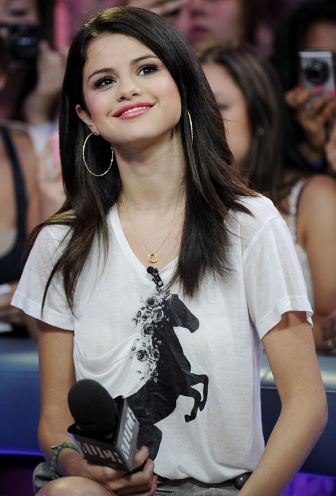 Selena Gomez sur le plateau de l'émission New.Music.Live at the MuchMusic, le 24 août 2011 à Toronto.