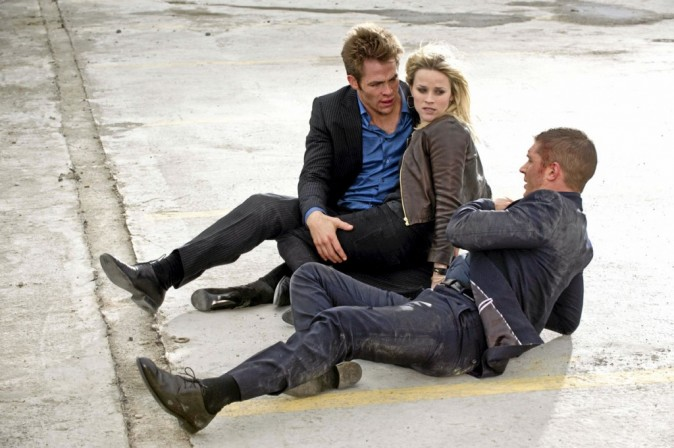 De McG avec Reese Witherspoon, Chris Pine et Tom Hardy
