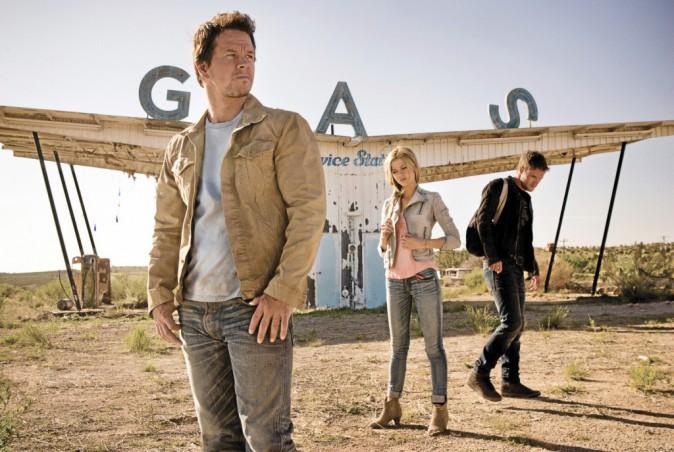 Transformers : l'âge de l'extinction de Michael Bay avec Mark Wahlberg et Nicola Peltz (2h46)