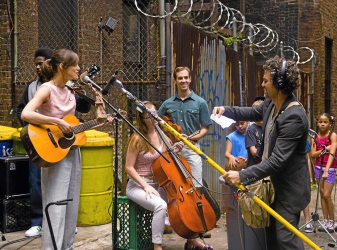 New York Melody de John Carney avec Keira Knightley, Mark Ruffalo et Adam Levine (1h44)