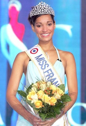 Cindy Fabre, Miss France 2005 élue le 4 décembre 2004