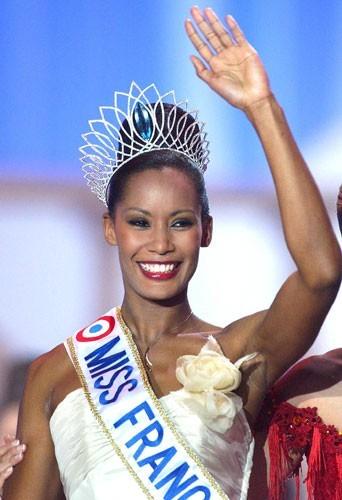 Corinne Coman, Miss France 2003 élue le 14 décembre 2002