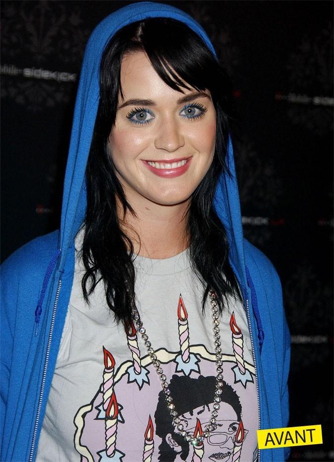 Katy Perry en brunette toute sage