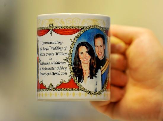 A peine le mariage est annoncé que des tonnes d'objets sont crées sur le futur mariage princier !