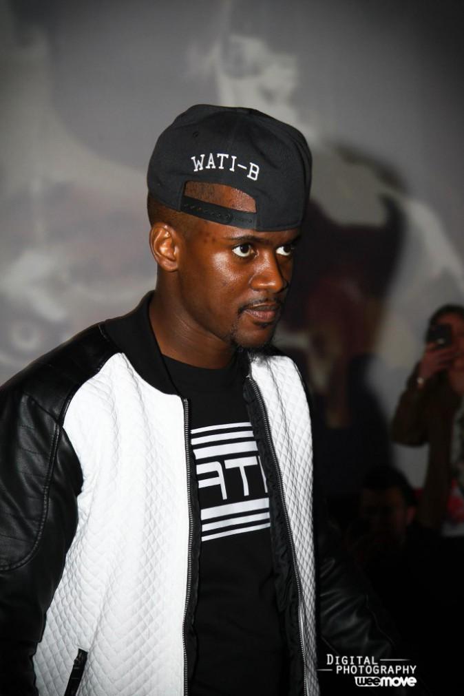 Exclu Public : Photos : Black M accusé d'arnaquer ses fans, le Wati B répond !