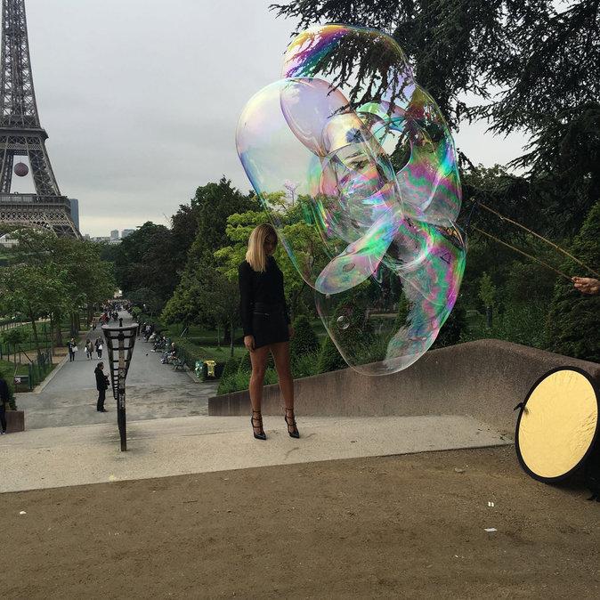 Exclu Public : Photos : Mélanie (Les Anges 8) : sur les traces d'Amber Rose !