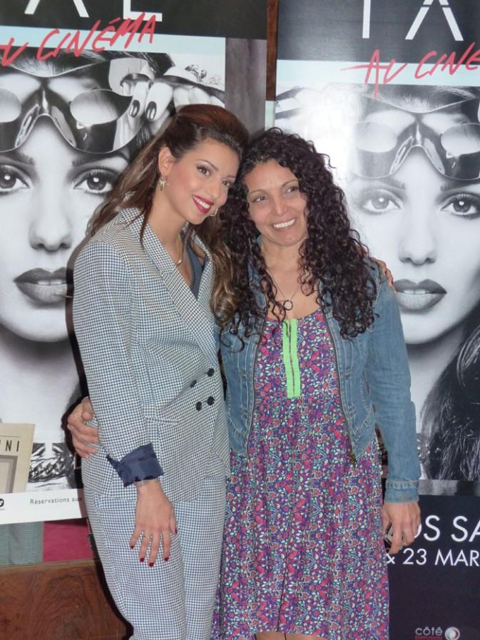 Tal avec sa maman Sem Azar au Grand Rex de Paris le 8 mars 2014