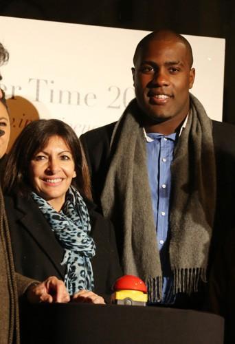 Teddy Riner, Sandrine Quétier et bien d'autres stars ont illuminés la rue Royale pour les fêtes de Noël !
