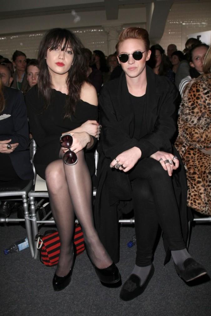 """Daisy Lowe et Elly Jackson dite """"La Roux"""" au défilé Jean Paul Gaultier"""