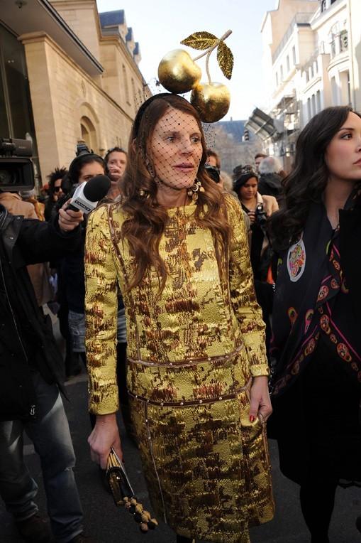 Fashion Week Paris : Anna Dello Russo avant le défilé Dior