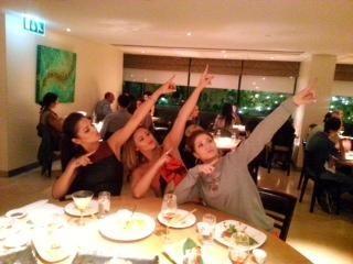 Les Girls Aloud se prennent pour Usain Bolt