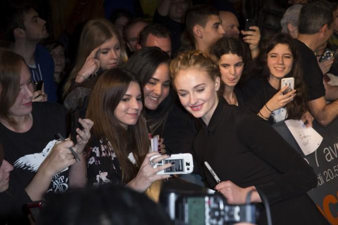 Et de prendre des photos avec ses fans