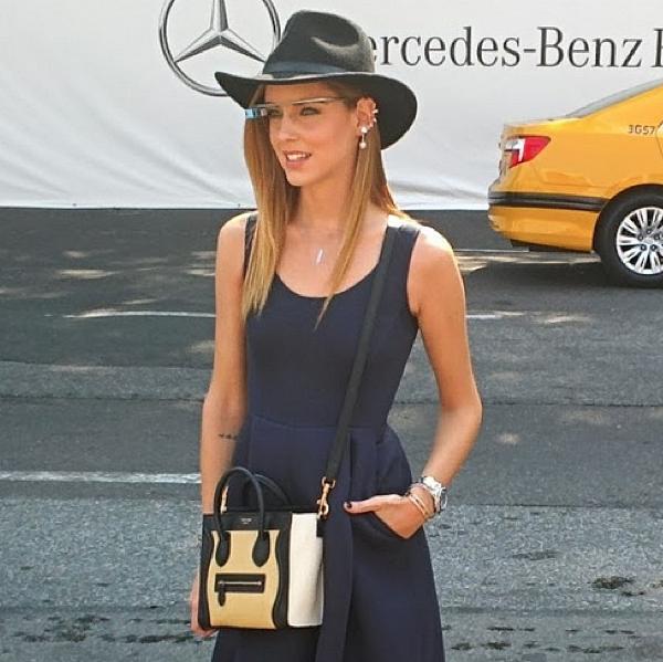 La blogueuse Chiara Ferragni et ses Google Glass