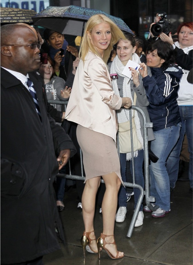 Gwyneth Paltrow sortant de l'émision Good Morning America à New York, le 13 avril 2011.