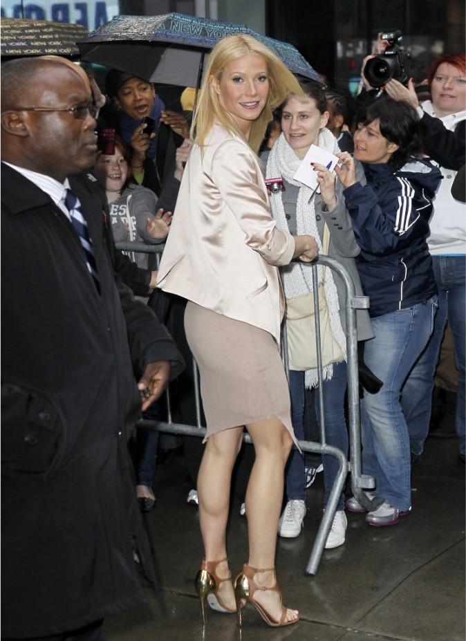 Gwyneth Paltrow sortant de l'émision Good Morning America à New York, le 13 avril 2011.