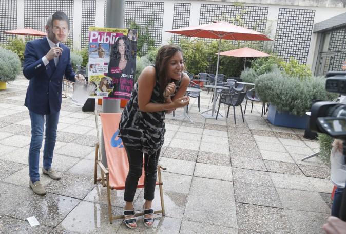 Notre journaliste Leslie Benaroch se prête au jeu du ice Bucket Challenge.