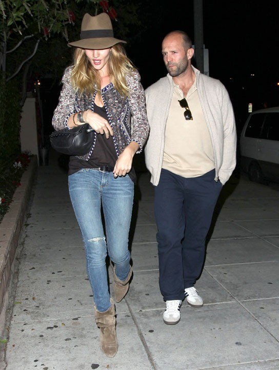 Jason Statham et Rosie Huntington-Whiteley à Beverly Hills, le 4 avril 2011.