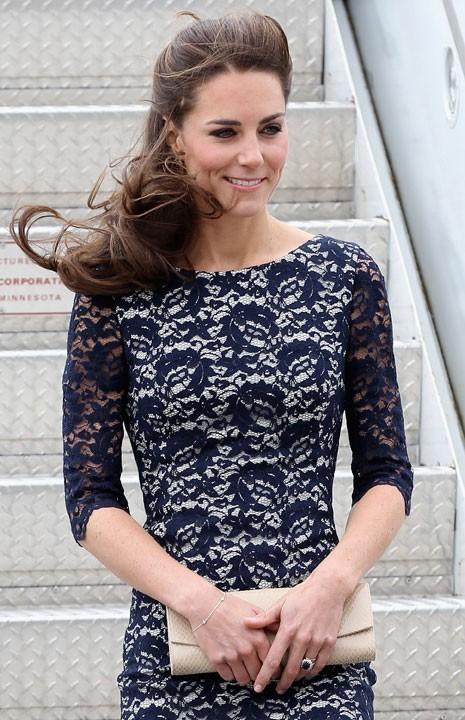 8. La Duchesse de Cambridge se parfume avec l'eau de parfum White Gardenia Petals d'Illuminum.