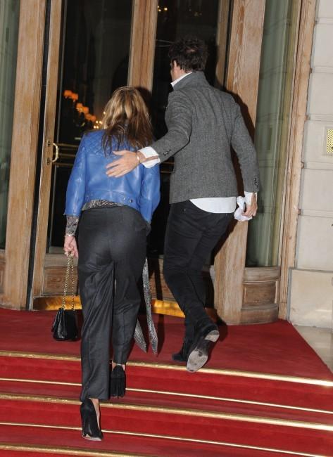 Kate Moss et son mari Jamie Hince à Paris, le 14 novembre 2011.