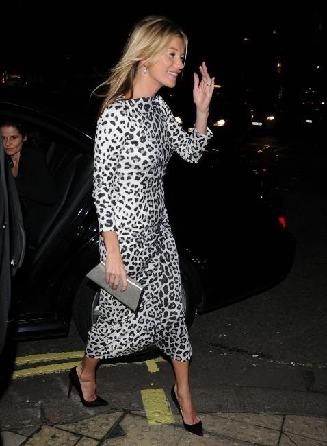 Kate Moss à Londres pour la promo de son livre, le 15 novembre 2012.