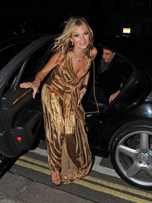 Kate Moss arrivant au 50 St James à Londres, le 15 novembre 2012.