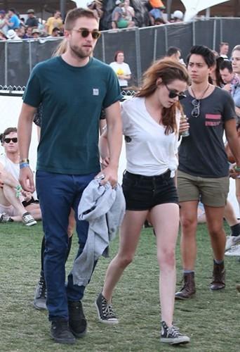 Robert Pattinson et Kristen Stewart au festival de Coachella le samedi 13 avril