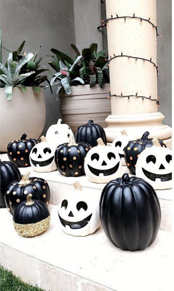 Kourtney Kardashian : Elle est déjà prête à accueillir une Halloween Party