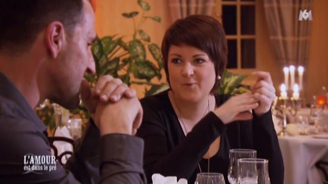 Aline met les pieds dans le plat au restaurant avec Jean-Baptiste et Anastasia