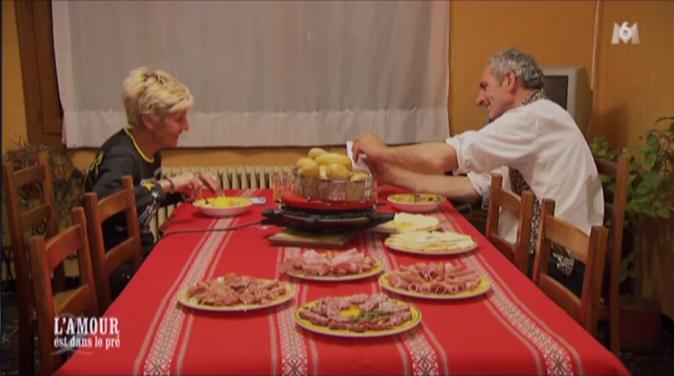 Raclette au menu pour Annick et Thierry et c'est plutôt copieux !