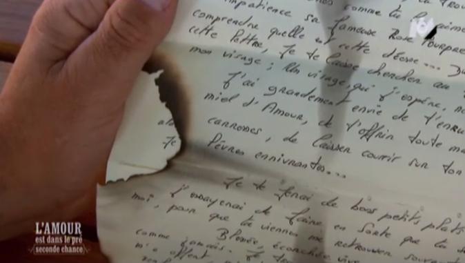 """Christophe a reçu une lettre """"enfammée"""""""
