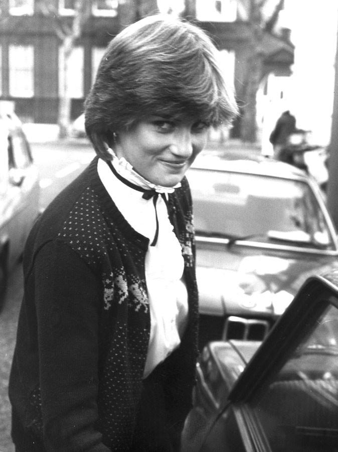 Photos : Lady Diana a 19 ans quand elle commence à fréquenter le prince... en 1980