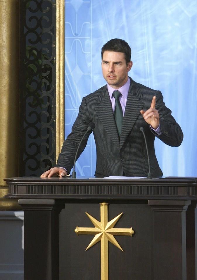 Tom Cruise, En prenant l'acteur dans ses filets, la sciento a fait un super coup marketing. Le prix à payer ? Tom finira par perdre toutes les fe...
