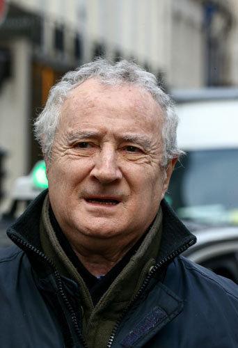 Daniel Prevost assiste aux obsèques de Michel Galabru, le 12 janvier 2016 à Paris