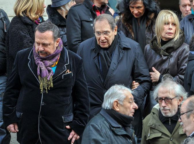 Robert Hossein assiste aux obsèques de Michel Galabru, le 12 janvier 2016 à Paris