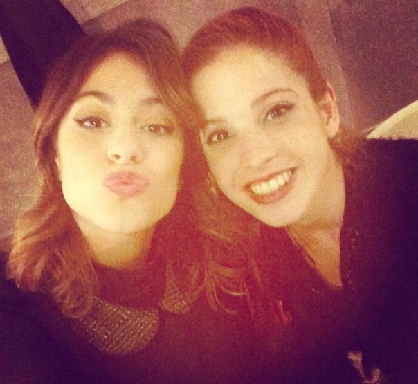 Violetta (gauche)