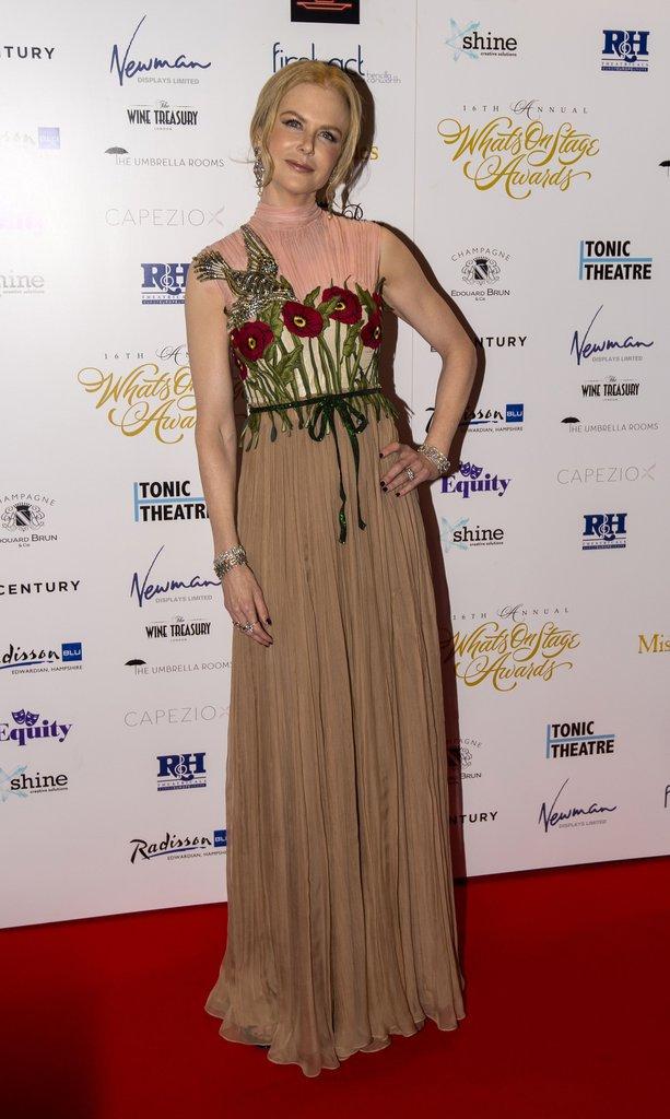 Nicole Kidman porte une robe Gucci