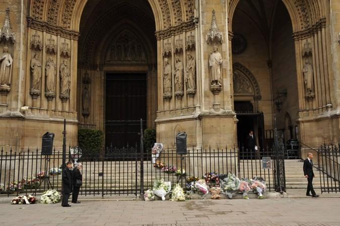 Les obsèques de Thierry Roland ont eu lieu cet après-midi dans le VIIème