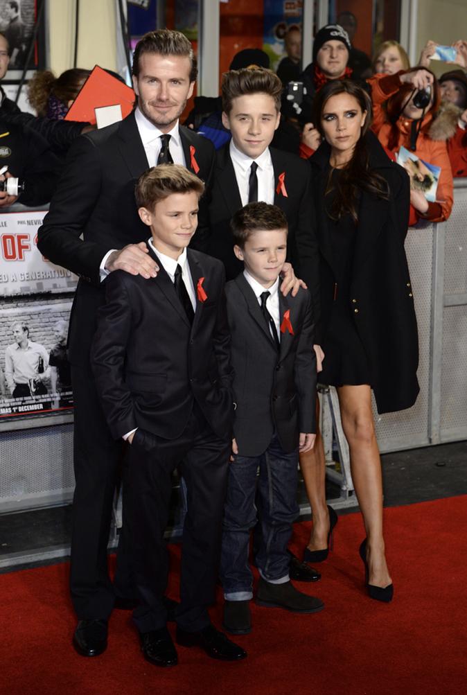 Victoria Beckham avec Brooklyn, Romeo, Cruz, Harper et David Beckham