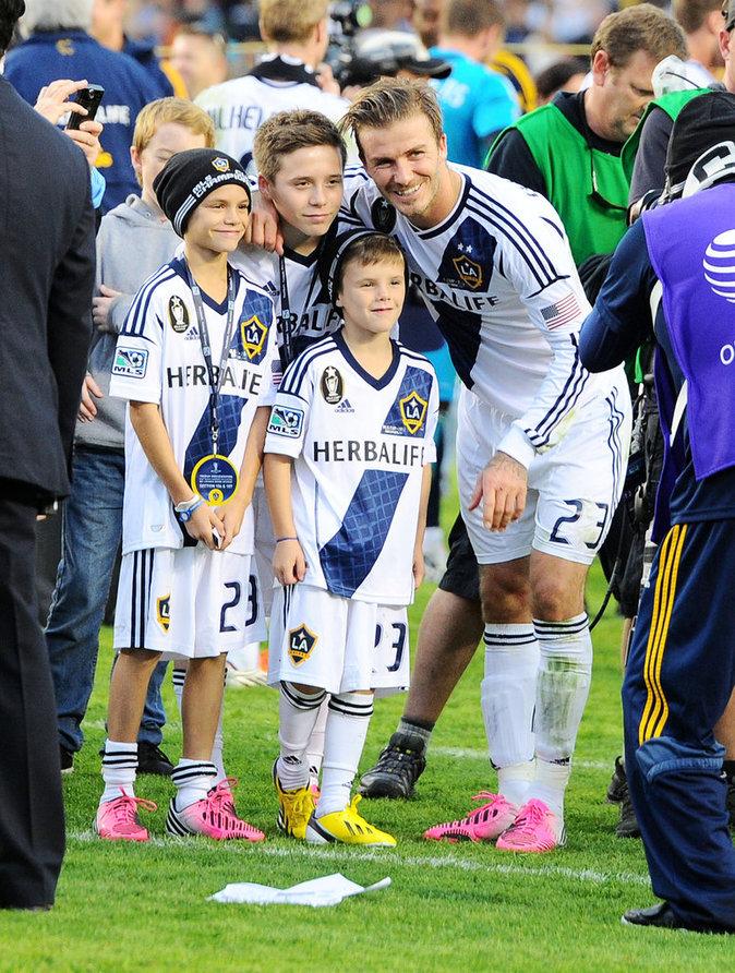 Photos : Ces 47 papas ont offert la célébrité en héritage à leurs enfants : David Beckham, Romeo Beckham, Brooklyn Beckham