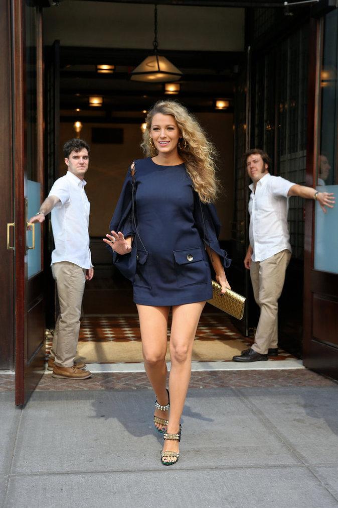 Photos : 8 tenues en 48h ... Quand Blake Lively se la joue Serena Van Der Woodsen !