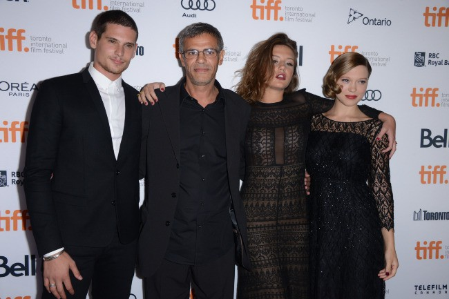 Benjamin Siksou, Abdellatif Kechiche, Adèle Exarchopoulos et Léa Seydoux lors du Festival International du Film de Toronto, le 5 septembre 2013.