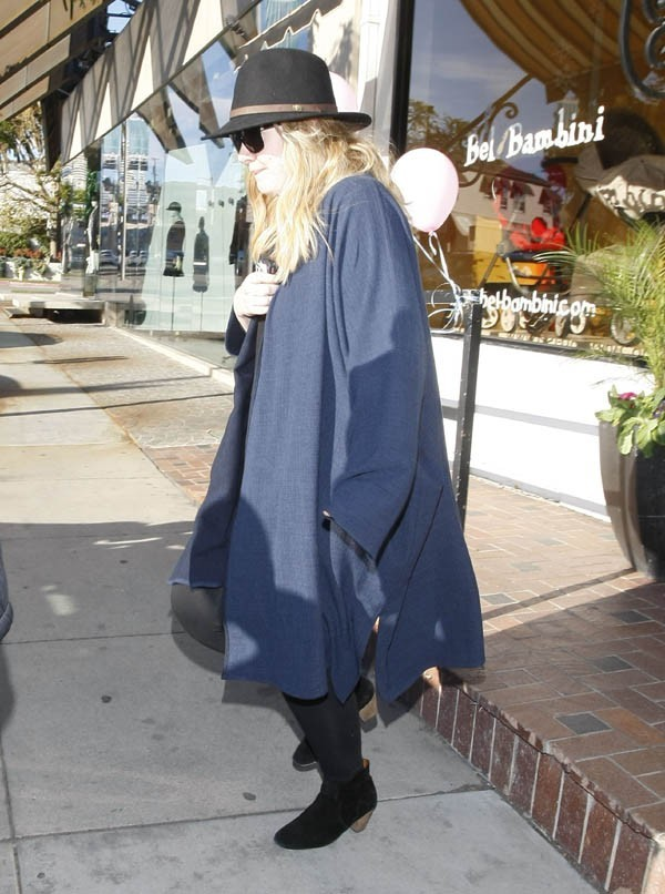 Adele a dévalisé un magasin pour bébés de Los Angeles le 11 janvier 2013