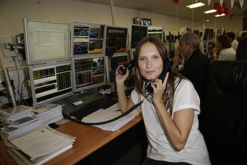 Ana Girardot lève des fonds en hommage aux victimes des attentats du 11/09, à Paris le 11 septembre 2014