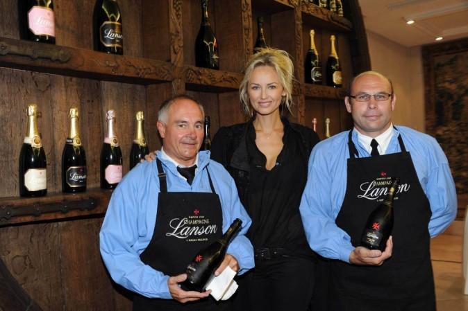 Adriana Karembeu lance les vendanges du clos Lanson à Reims, le 27 août 2011.