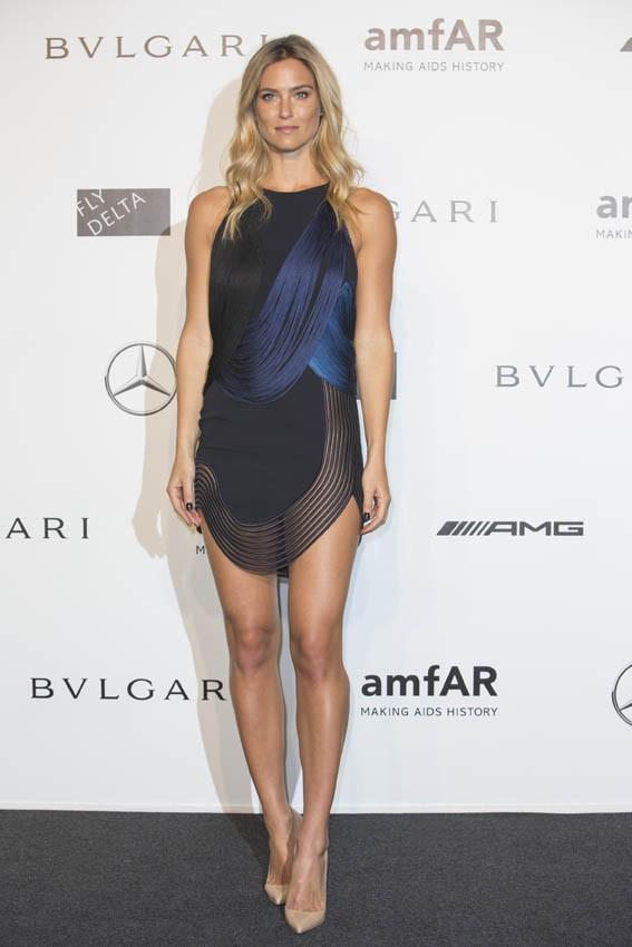 Bar Refaeli au gala de l'AmfAR organisé à Milan le 20 septembre 2014