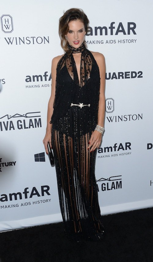 Alessandra Ambrosio à Los Angeles, le 29 octobre 2015 !