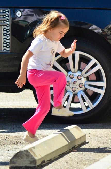Anja, la fille d'Alessandra Ambrosio à Santa Monica, le 24 septembre 2012.