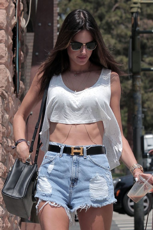 Alessandra Ambrosio à Brentwood le 7 août 2014